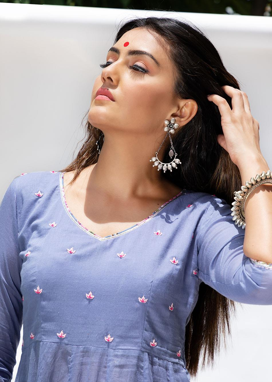 Baiguni V-neck Anarkali Kurta By Jovi Fashion