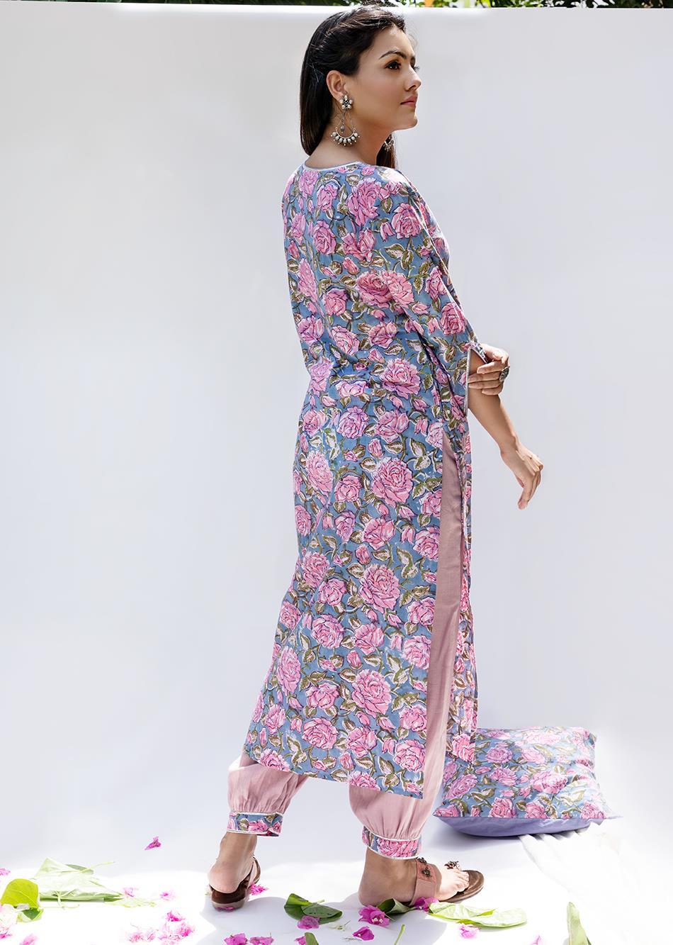 Gulabi loose kurta with pants (Set of 3) By Jovi Fashion