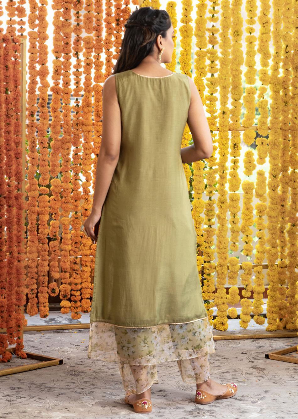 Silk straight kurta and pant set (Set of 3) By Jovi Fashion
