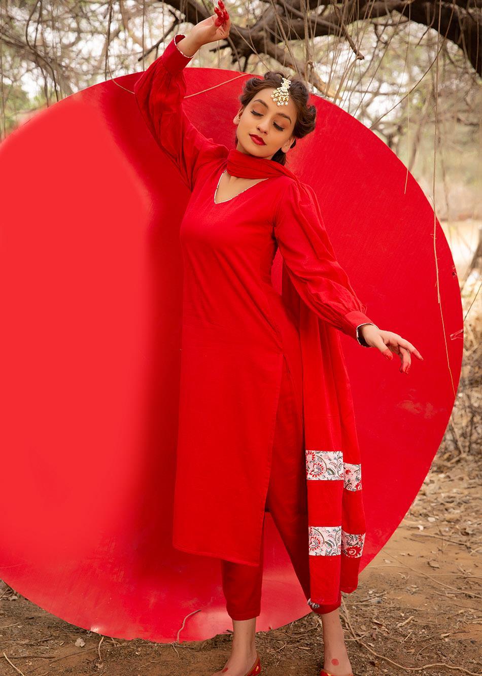 Bindi Loose Fit Kurta Set (Set of 3) By Jovi Fashion