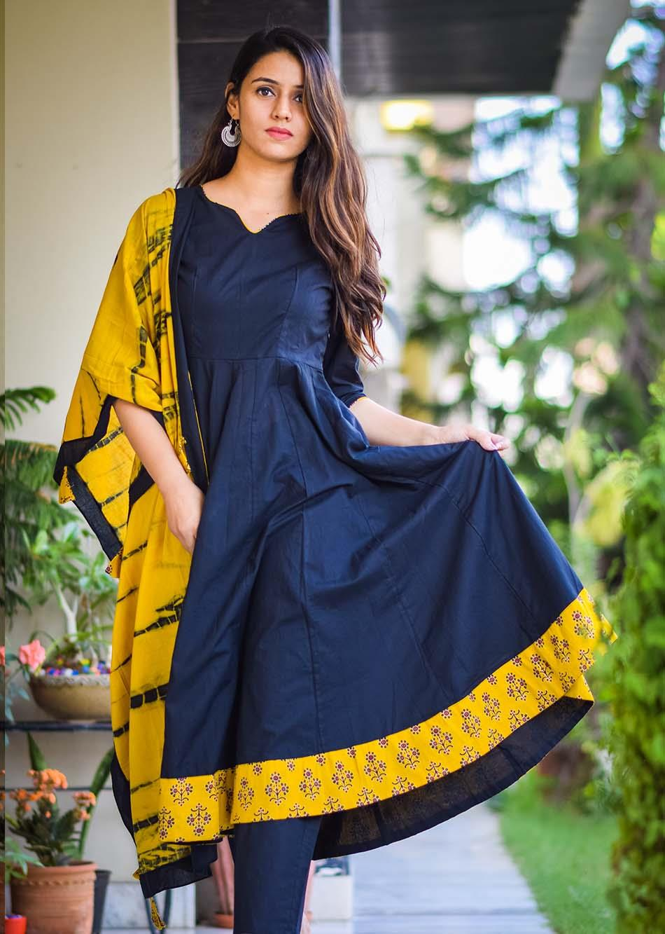 cultural Snow White - black and mustard yellow By Jovi Fashion