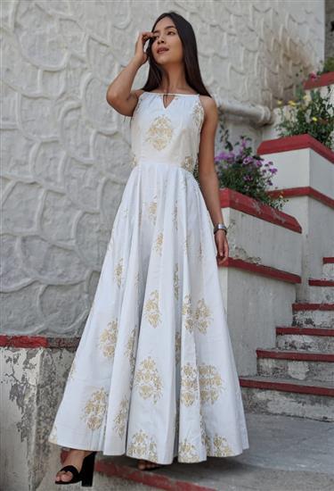 magnificent ensemble - white