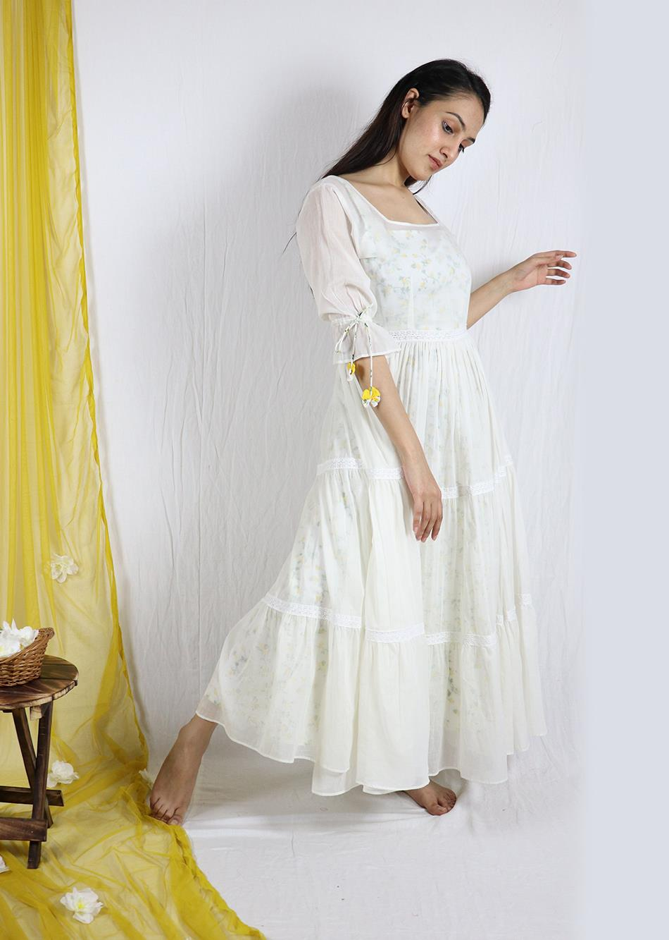 Basantah tiered dress (with printed inner)