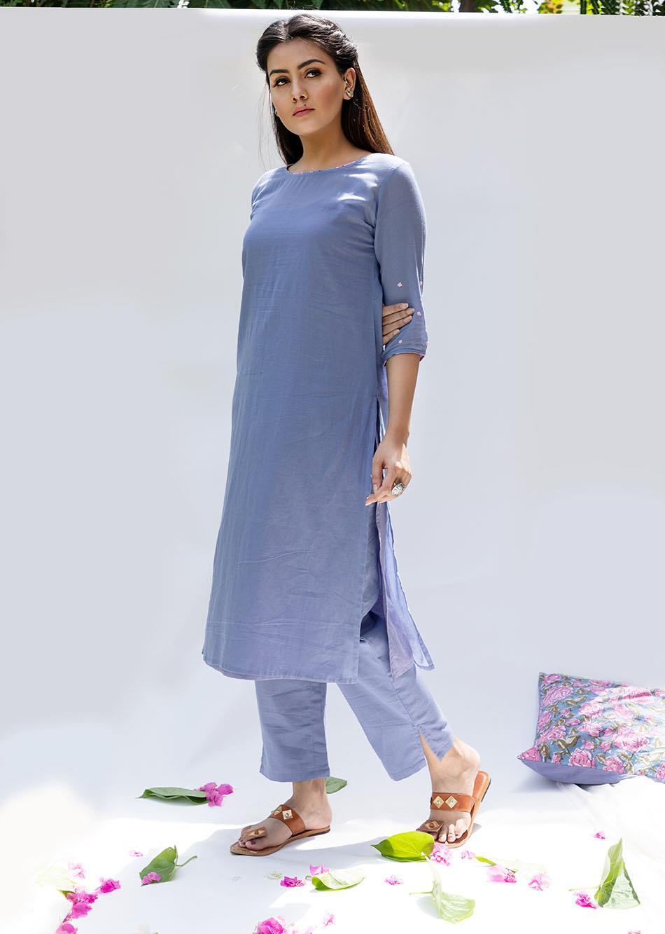 Baiguni Transy kurta and pants (set of 2)