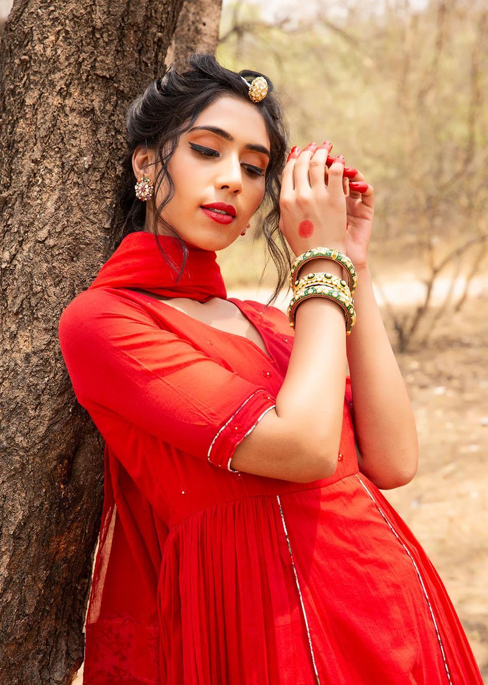 Red Side Gathered Anarkali Set (Set of 3)