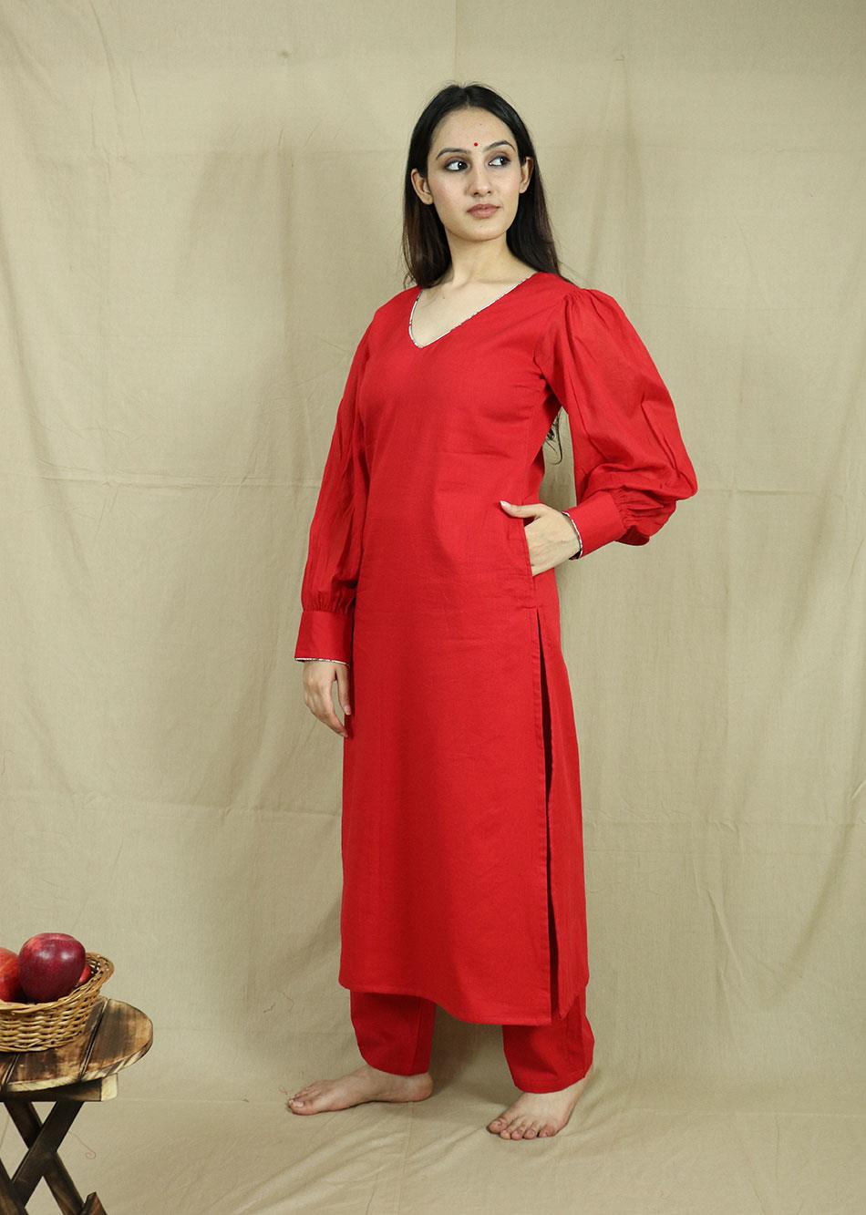Red gathered Sleeves kurta with pants( Set of 2)