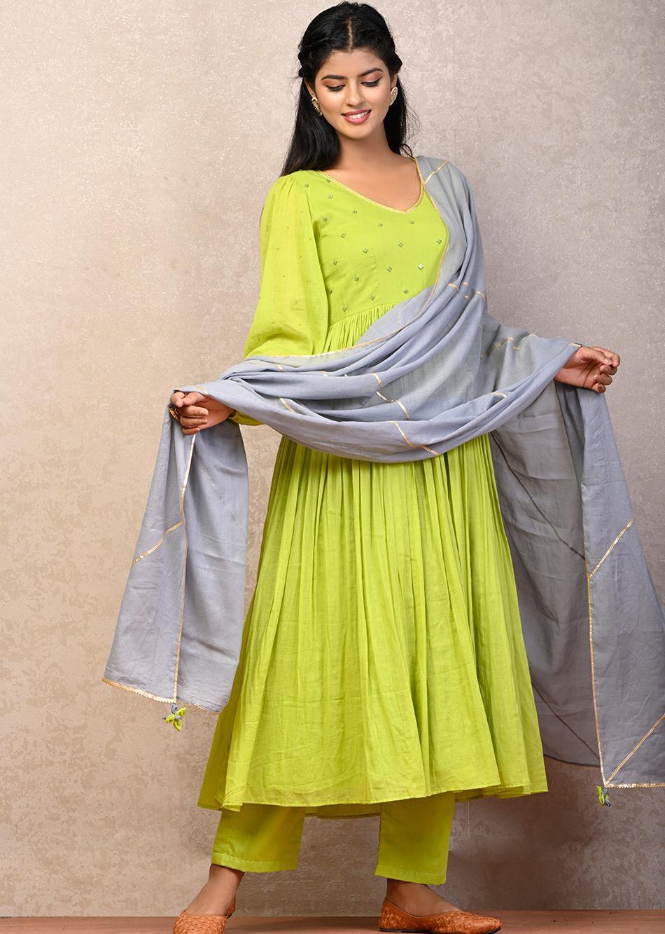 PAN BAHAAR Puffy Sleeves Anarkali With Grey Dupatta(SET OF 3)