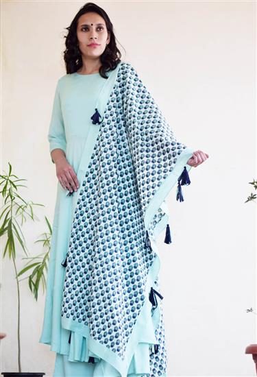 flared kurta and palazzo pants
